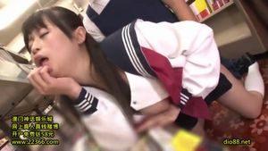 巨乳セーラ服美女・前田ののがエロ本読んで発情!店員を逆レイプしパイパンマンコに中出しされる